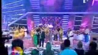 NICOLAE SI NICOLETA GUTA - NU-S FETITA REA [VIDEOCLIP] - YouTube.flv
