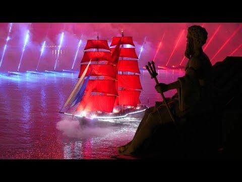 Skarlátvitorlás hajóval ünnepelték a diákokat Szentpéterváron