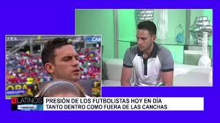 El capitán de la selección de fútbol de Bolivia, Fernando Saucedo, visita D'Latinos