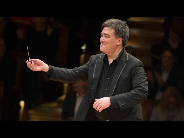 Adams: Short Ride in A Fast Machine / Gilbert · Berliner Philharmoniker