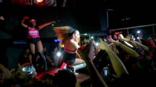 Gloria Groove - Gay / Dona [Ao Vivo em Recife | 29 de Julho de 2017]
