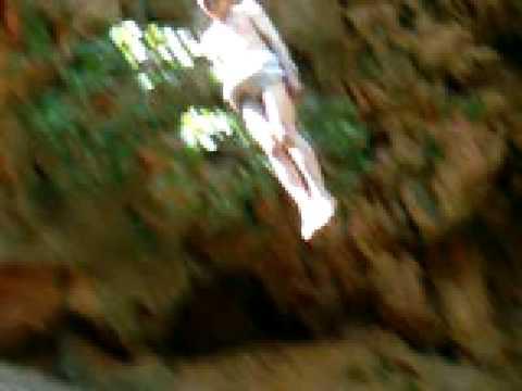 Imouzzer Waterfalls, Splendid Jump!