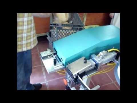 Ekerler Mutfak Sanayi İç ve Dış Ticaret -Endüstriyel Mutfak / Ekmek  Posetleme Klips Makinasi