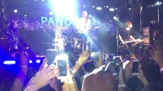 5 Seconds of Summer - Carry On/Hey Everybody Live