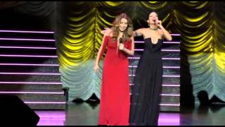 SOS Mulheres ao Mar, Adriana (Giovanna Antonelli) cantando
