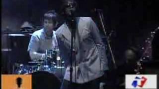 Oasis - acquiesce (live at Argentina)