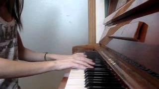 David Guetta feat Akon Sexy bitch piano cover.mp4