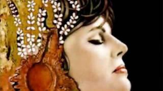 Amália Rodrigues- Oiça lá ó senhor vinho (with lyrics/ com texto)
