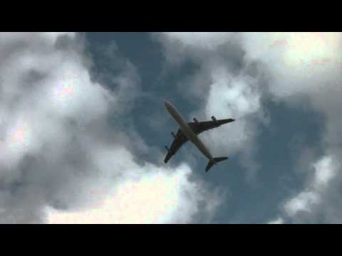 SAA A340 take-off from FACT