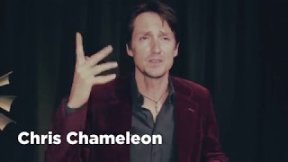 Chris Chameleon praat met GrootTunes
