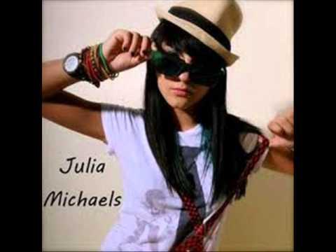 Born To Party En Espanol de Julia Michaels Letra y Video