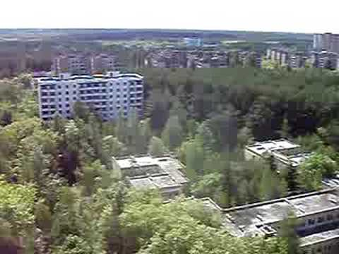 Chernobyl: abandoned apartment building, Prypiat (2 of 4) | by Go East