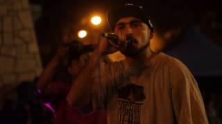 Sagrada tierra - Ella huele a Jamaica [En vivo] [Monumento el concierto]