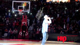 "Exclusive: T.I. and Yung Thug Performs ""About the Money"" at Atlanta Hawks Opener"