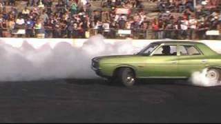 Chrysler Valiant Turbo Mopar V8 Burnout
