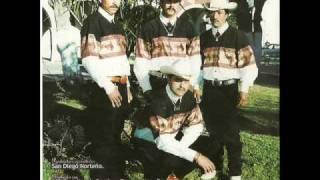 Sandiego Norteño - 15 Balazos.wmv