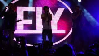 Fly cantando VOCÊ SE FOI na Eazy Teen