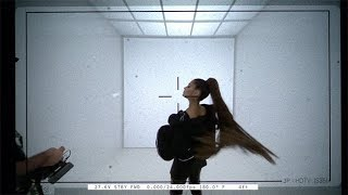 "Ariana Grande nel backstage di ""In my head"" 