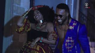 Flavour - Crazy Love (Feat. Yemi Alade) [Behind the Scenes]