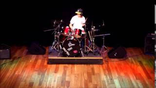 Rage Against the Machine - Renegades of Funk drum solo