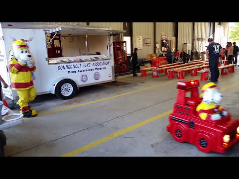 Kids Safety Day at Mill Plain Fire Dept. Open House in Danbury with the Danbury Elks