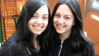 Ana and Maria - Mereu ma ridic (cover)