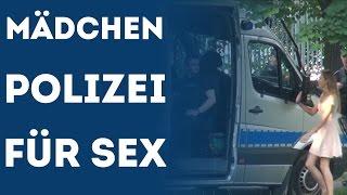Sexy Mädchen Fragen Polizei Männer für Sex (Prank Streiche Und Witze)