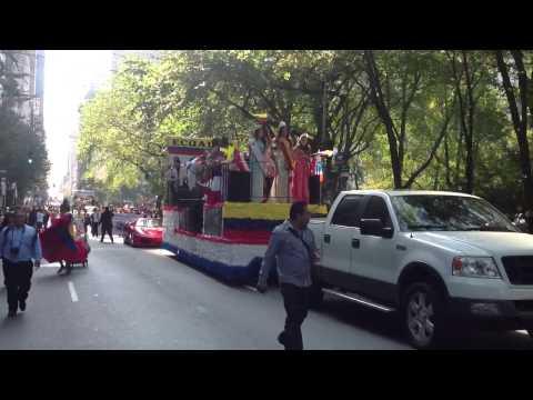 DESFILE DE LA HISPANIDAD MANHATTAN NY 10-14-2012 – ECUADOR