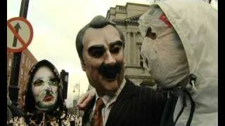 Rubberbandits at the Dáil / Horse outside Asses inside.