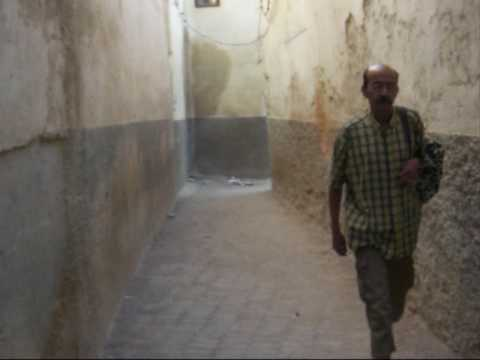 Fez – walking from car park to Riad Medina Fez
