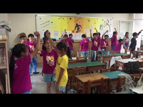 教室香蕉歌 - YouTube