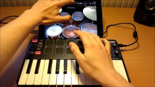 NEW Akai MPK Mini Live Performance 2 - iPad GarageBand