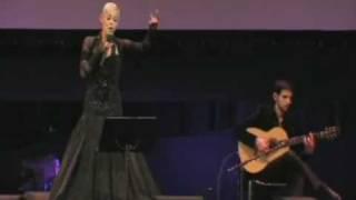 Mariza - 'Lisboa Não Sejas Francesa' (Live at Campo Pequeno, Amália no Olympia) Dez. 2008