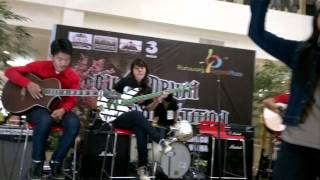 Beraksi KOTAK BAND (Cover by Agressive Band)