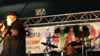 Angus playing AC/DC's Highway To Hell at Glastonbudget 2010 in the Showcase Marquee