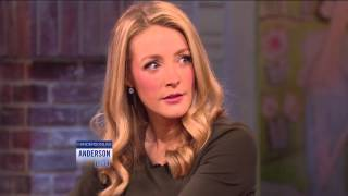 Jennifer Finnigan Teaches the 'Soap Opera Stare'