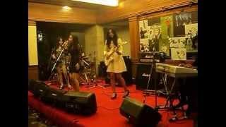 The Petticoat - Cemburu (Dewa 19 cover) Live