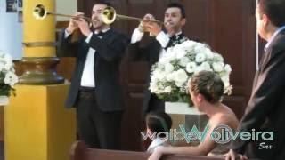 Entrada da noiva com Clarins + Foi Deus Cantada Grupo Musical Walber Oliveira