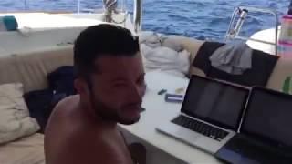 Trading Online dalla Barca a Vela, in costiera Amalfitana