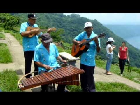 Nicaragua al son de la marimba de arco