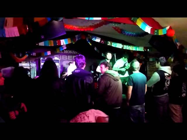 Vídeo de un concierto en la sala Monasterio.