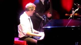 Hallelujah I Love Her So - Hugh Laurie @ Le Trianon, Paris (11.05.11)