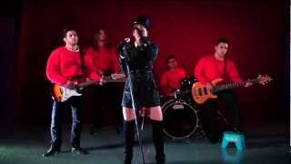 Man! I Feel Like A Woman! - Mariana González Dimelo Cada Mañana
