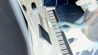 Lucid -Entre le monde et moi- Accoustic piano promo session