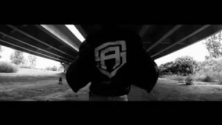 Rogal DDL ft. Damian WSM - ŚCIĄGAJ GACIE