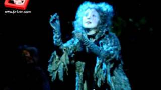 Cats Now and Forever Manila - Lea Salonga as Grizabella sings Memory