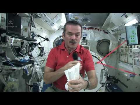 太空站內有液體洩漏該怎麼辦?