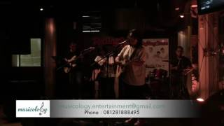 Musicology Band - Britney Spears Medley (Cover) Live at Rolling Stones Cafe Jakarta