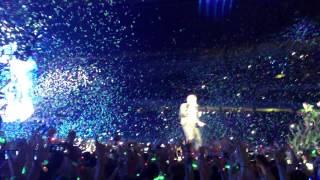 "Coldplay - ""In My Place"" (Live in Sydney, November 18th 2012)"