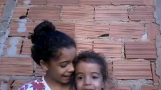 """Ana Clara 3 anos cantando """" se renovarão Sarah Farias"""